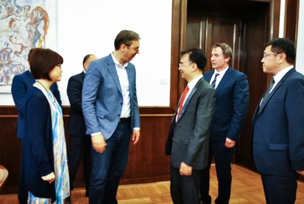 塞爾維亞總統武契奇接見劉德建一行