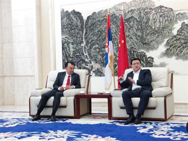 劉德建一行拜會中國駐塞爾維亞臨時代辦、政務參贊田一澍