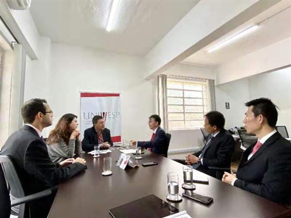 网龙网络公司创始人兼董事长刘德建一行会见了IPT(科技学院)主席、虚拟大学主席等