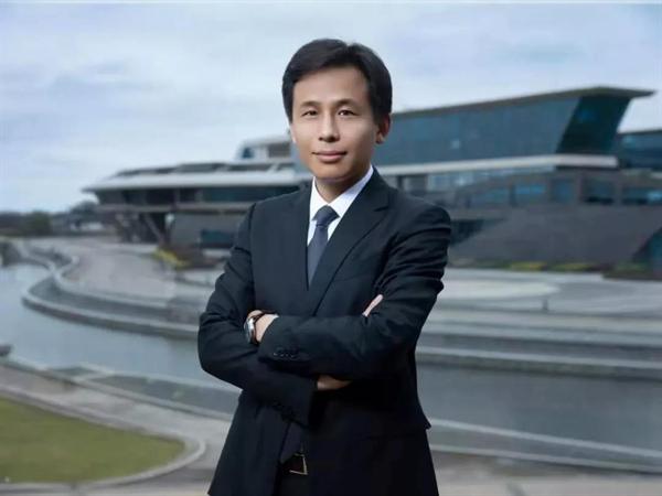 网龙首席执行官熊立博士